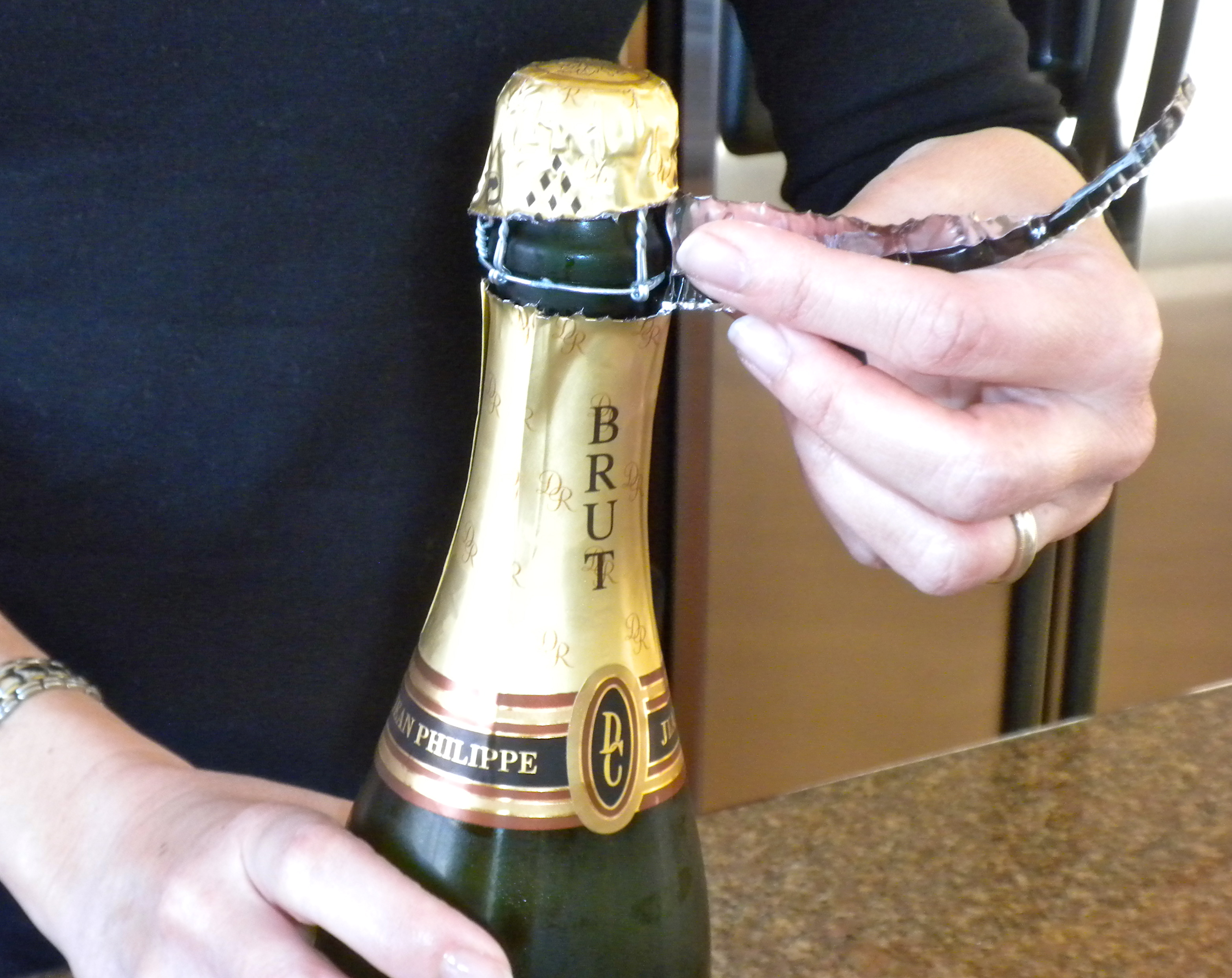 how to write on a wine bottle