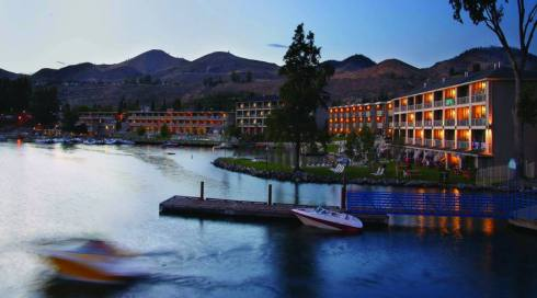 All the guest rooms at Campbell's face Lake Chelan (photo credit: Campbell's Resort)