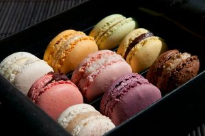 """You're my little macaron, oh yes you are!"" (image courtesy of Wikimedia Commons by Pierre Marcolini)"