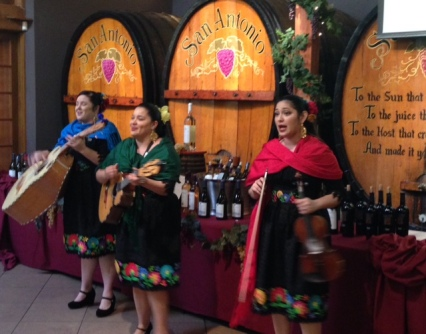 mariachis-and-wine